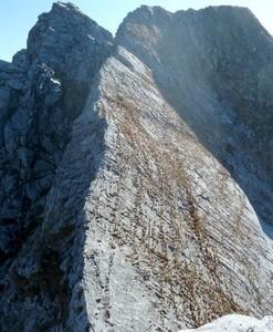 Alpi Apuane – Cresta integrale della Roccandagia dal Passo della Tombaccia
